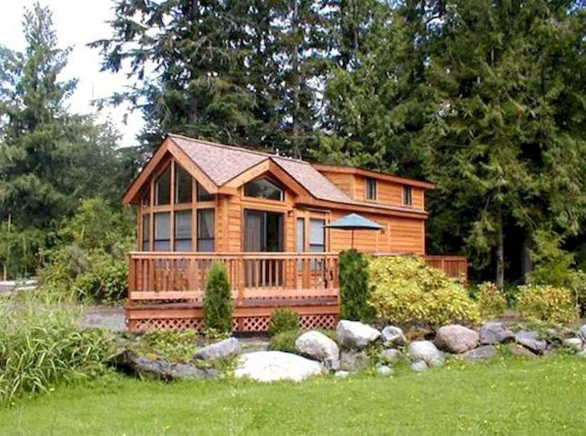 70 Fantastic Small Log Cabin Homes Design Ideas (15)