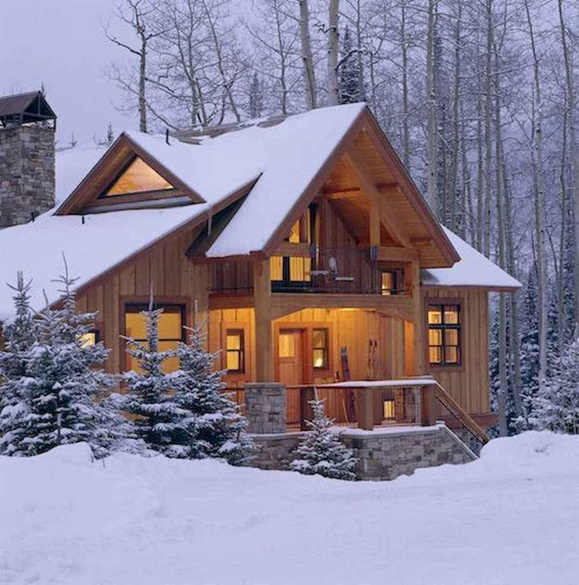 70 Fantastic Small Log Cabin Homes Design Ideas (46)