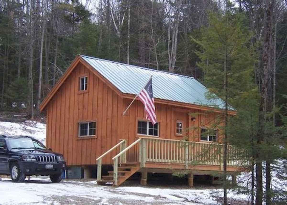 70 Fantastic Small Log Cabin Homes Design Ideas (53)
