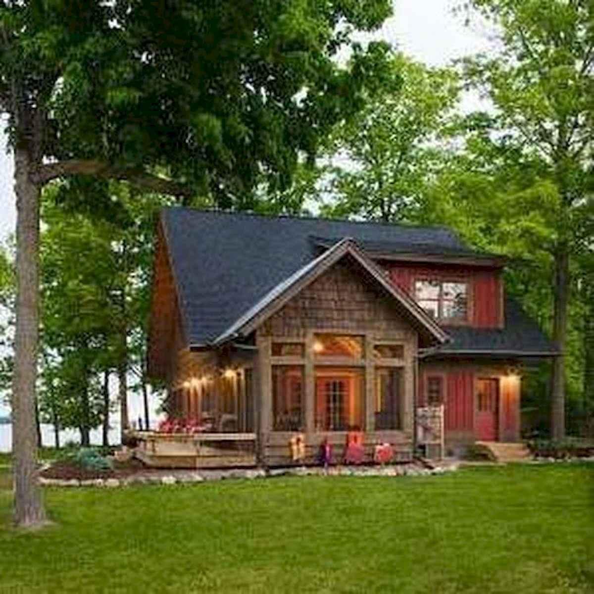 70 Fantastic Small Log Cabin Homes Design Ideas (55)