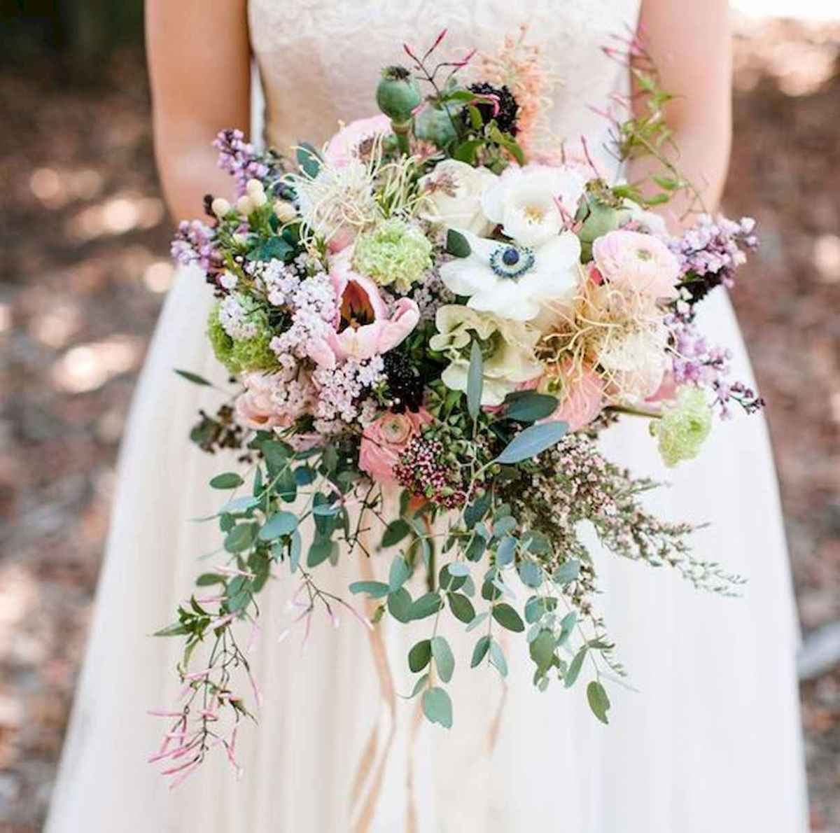 50 Beautiful Spring Bridesmaid Bouquets for Wedding Ideas (43)