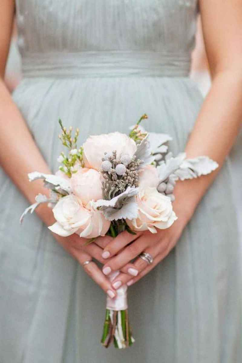 50 Beautiful Spring Bridesmaid Bouquets for Wedding Ideas (49)