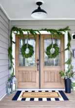 50 Beautiful Spring Decorating Ideas for Front Porch (9)