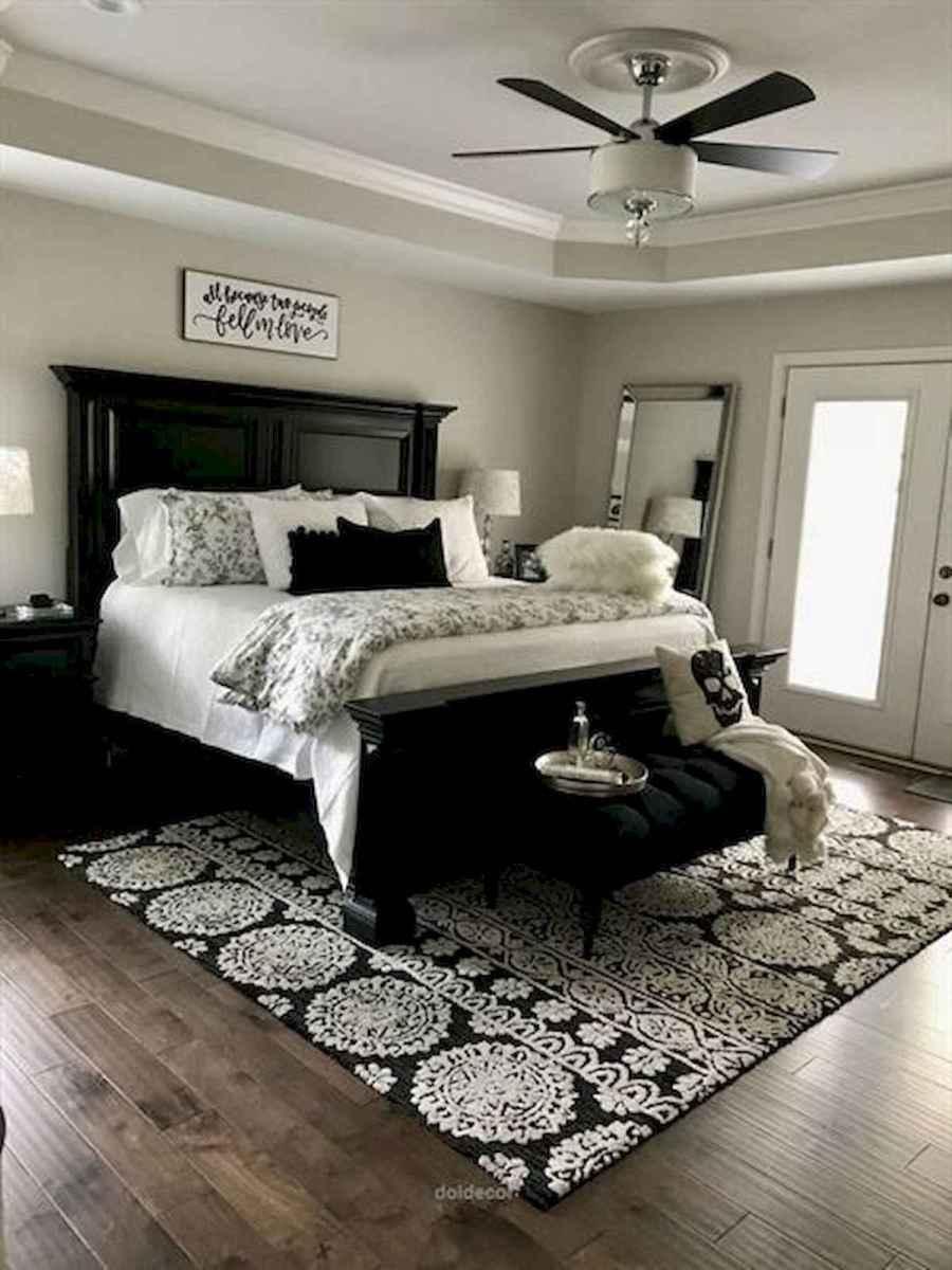 50 Favorite Bedding for Farmhouse Bedroom Design Ideas and Decor (16)