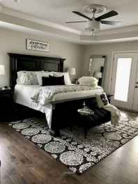 50 Favorite Bedding for Farmhouse Bedroom Design Ideas and Decor (16)