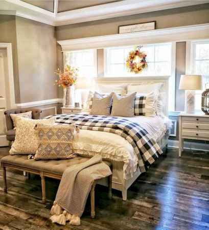 50 Favorite Bedding for Farmhouse Bedroom Design Ideas and Decor (27)