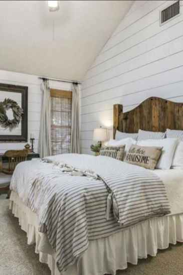 50 Favorite Bedding for Farmhouse Bedroom Design Ideas and Decor (36)