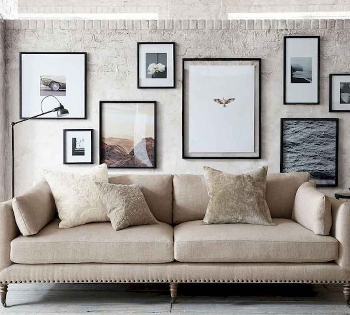 50+ Genius Small Living Room Decor Ideas And Remodel for Your First Apartment (42)