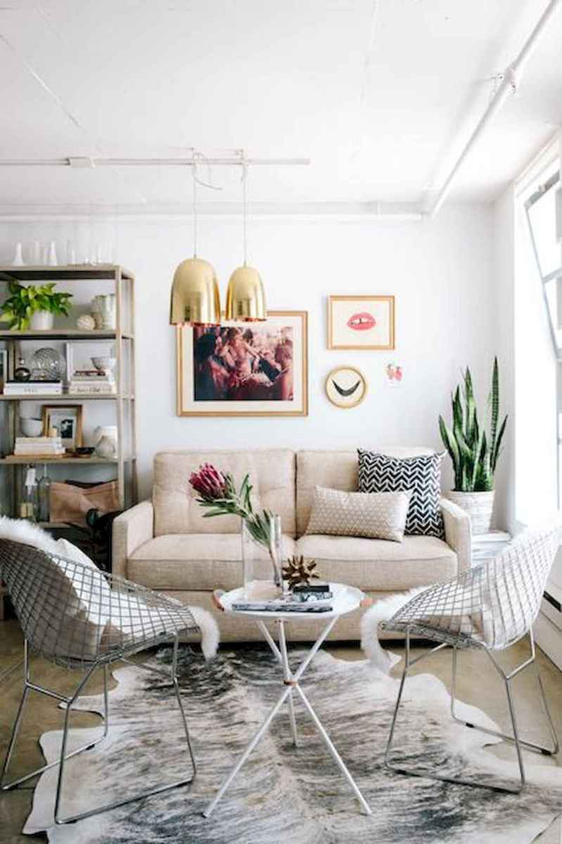 50+ Genius Small Living Room Decor Ideas And Remodel for Your First Apartment (9)