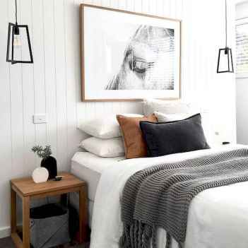 50 Stunning Small Apartment Bedroom Design Ideas and Decor (13)