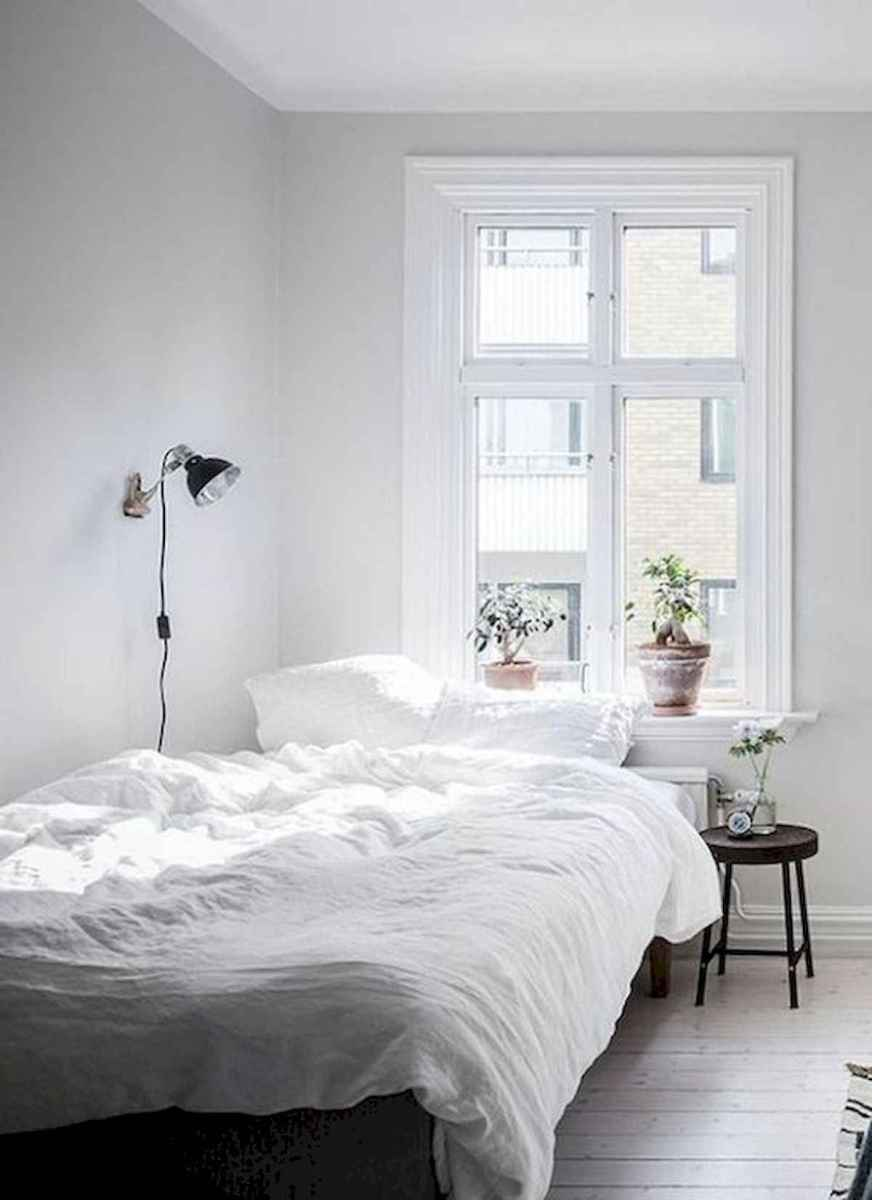 50 Stunning Small Apartment Bedroom Design Ideas and Decor (15)