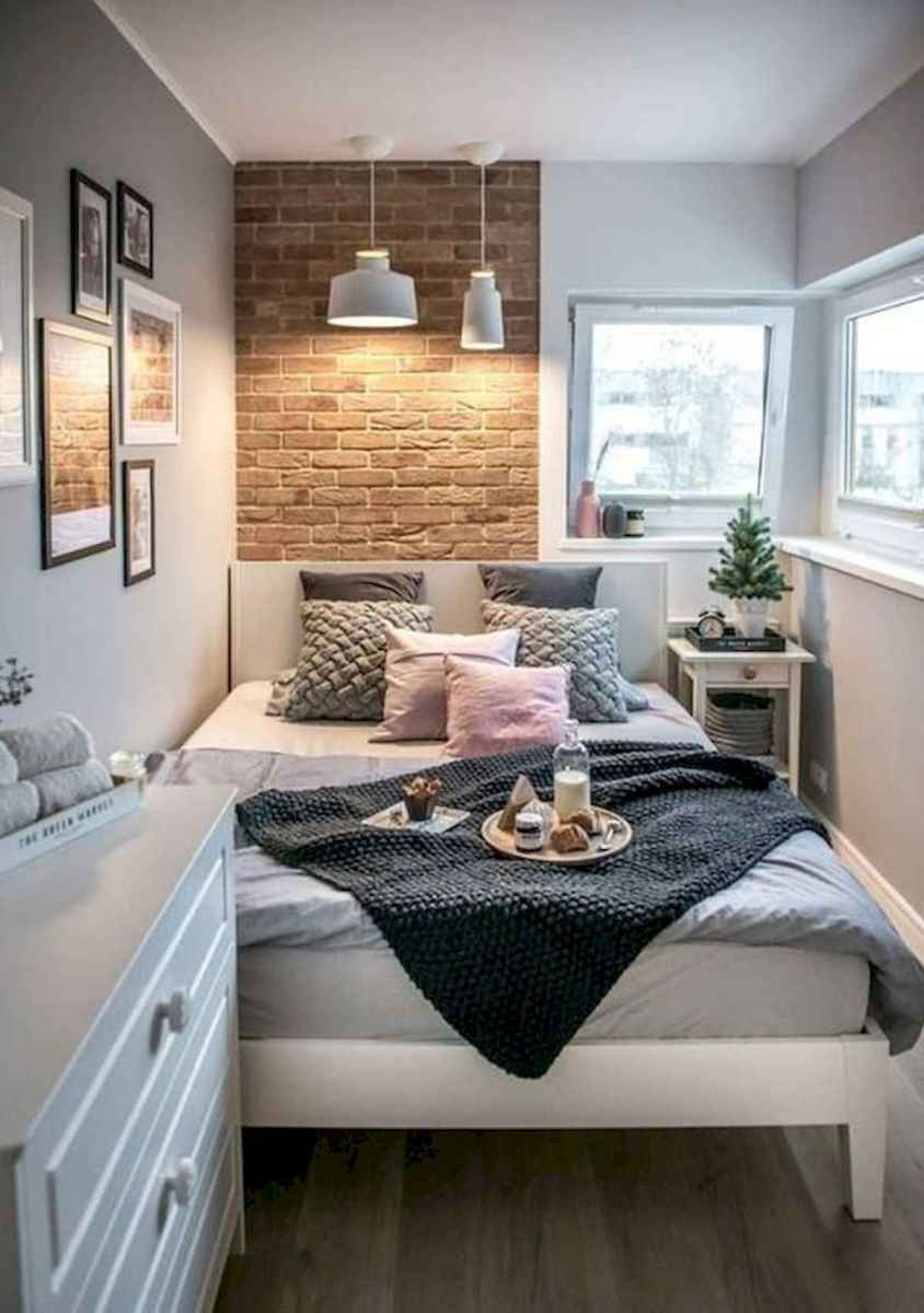 50 Stunning Small Apartment Bedroom Design Ideas and Decor (21)
