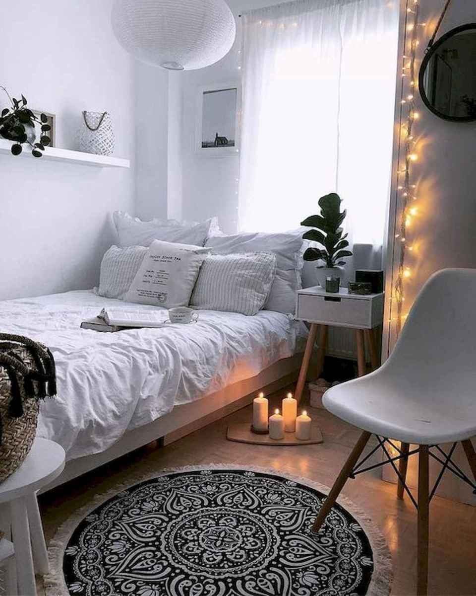 50 Stunning Small Apartment Bedroom Design Ideas and Decor (40)