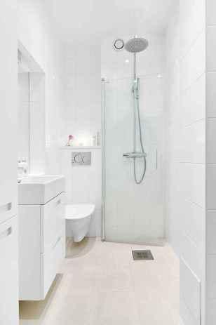 50 Stunning Small Bathroom Makeover Ideas (39)