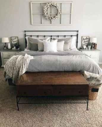 60 Adorable Modern Farmhouse Bedroom Design Ideas and Decor (39)