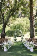 70 Beautiful Outdoor Spring Wedding Ideas (23)