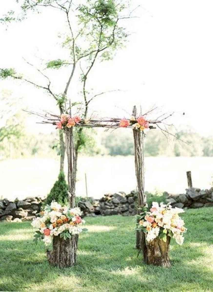 70 Beautiful Outdoor Spring Wedding Ideas (26)