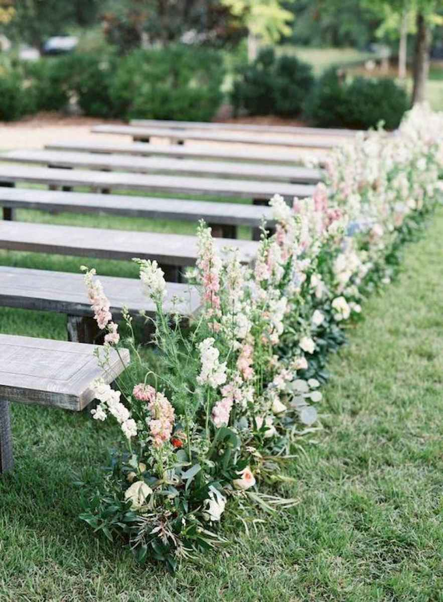 70 Beautiful Outdoor Spring Wedding Ideas (35)