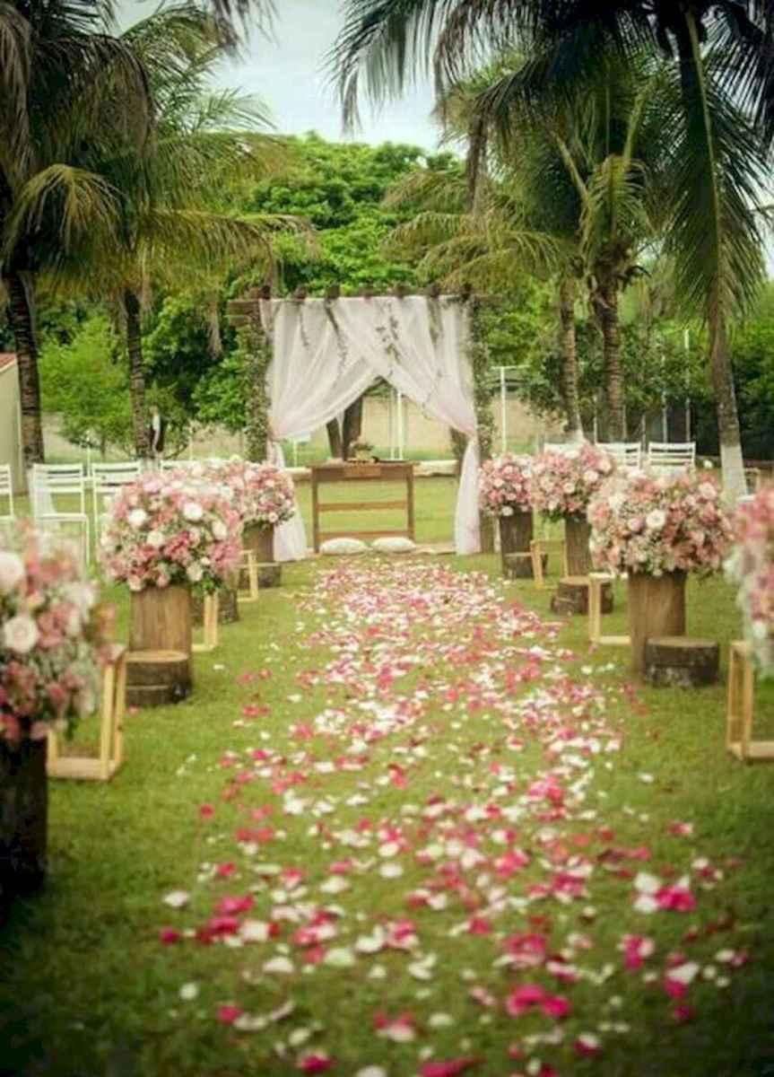 70 Beautiful Outdoor Spring Wedding Ideas (56)