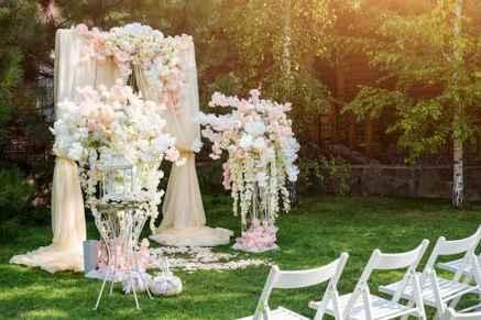 70 Beautiful Outdoor Spring Wedding Ideas (8)