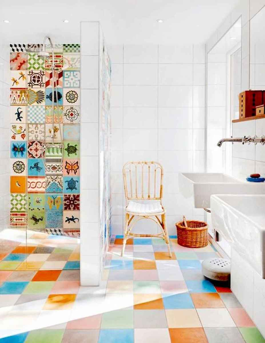 70+ Cool Colorful Bathroom Decor Ideas And Remodel for Summer Project (17)