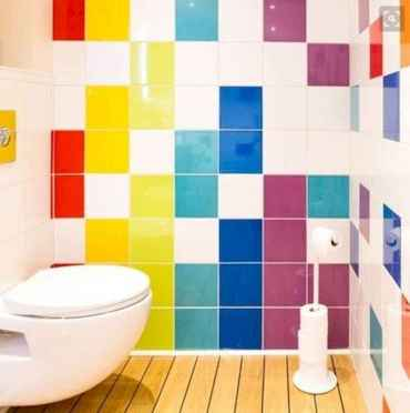 70+ Cool Colorful Bathroom Decor Ideas And Remodel for Summer Project (56)