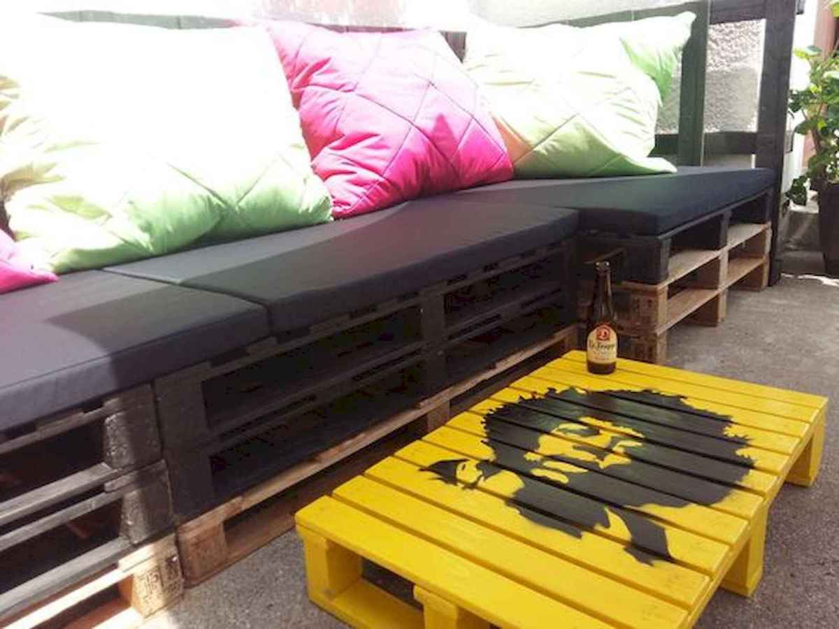 70 Suprising DIY Projects Mini Pallet Coffee Table Design Ideas (8)