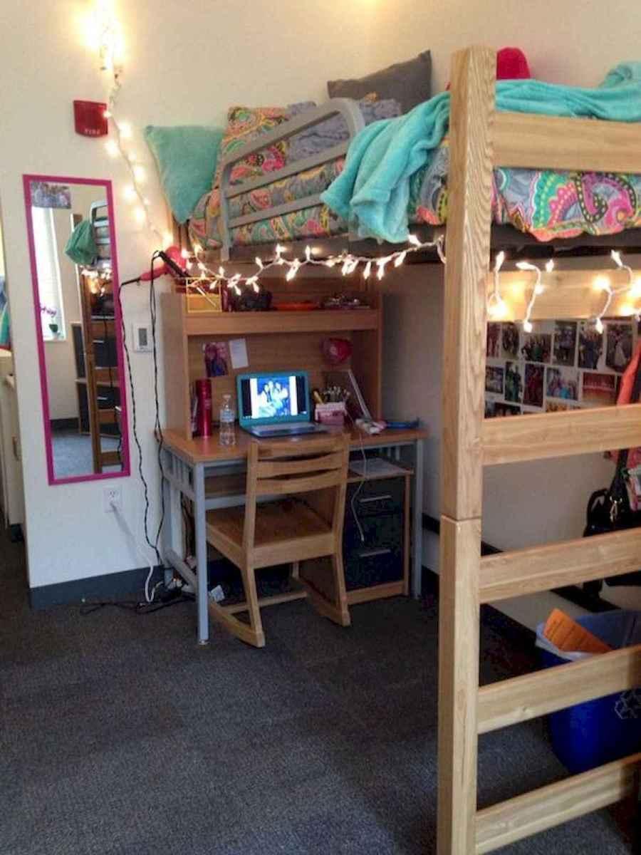 80 Fantastic Small Apartment Bedroom College Design Ideas and Decor (18)