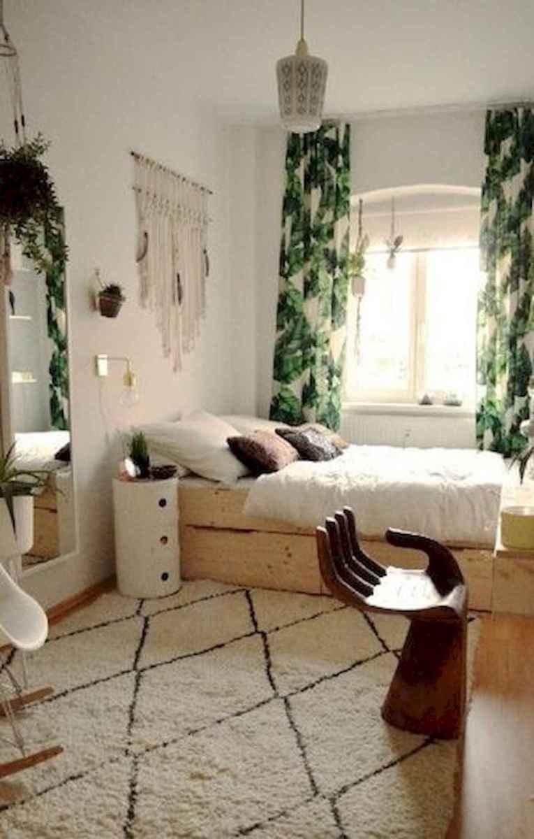 80 Fantastic Small Apartment Bedroom College Design Ideas and Decor (26)
