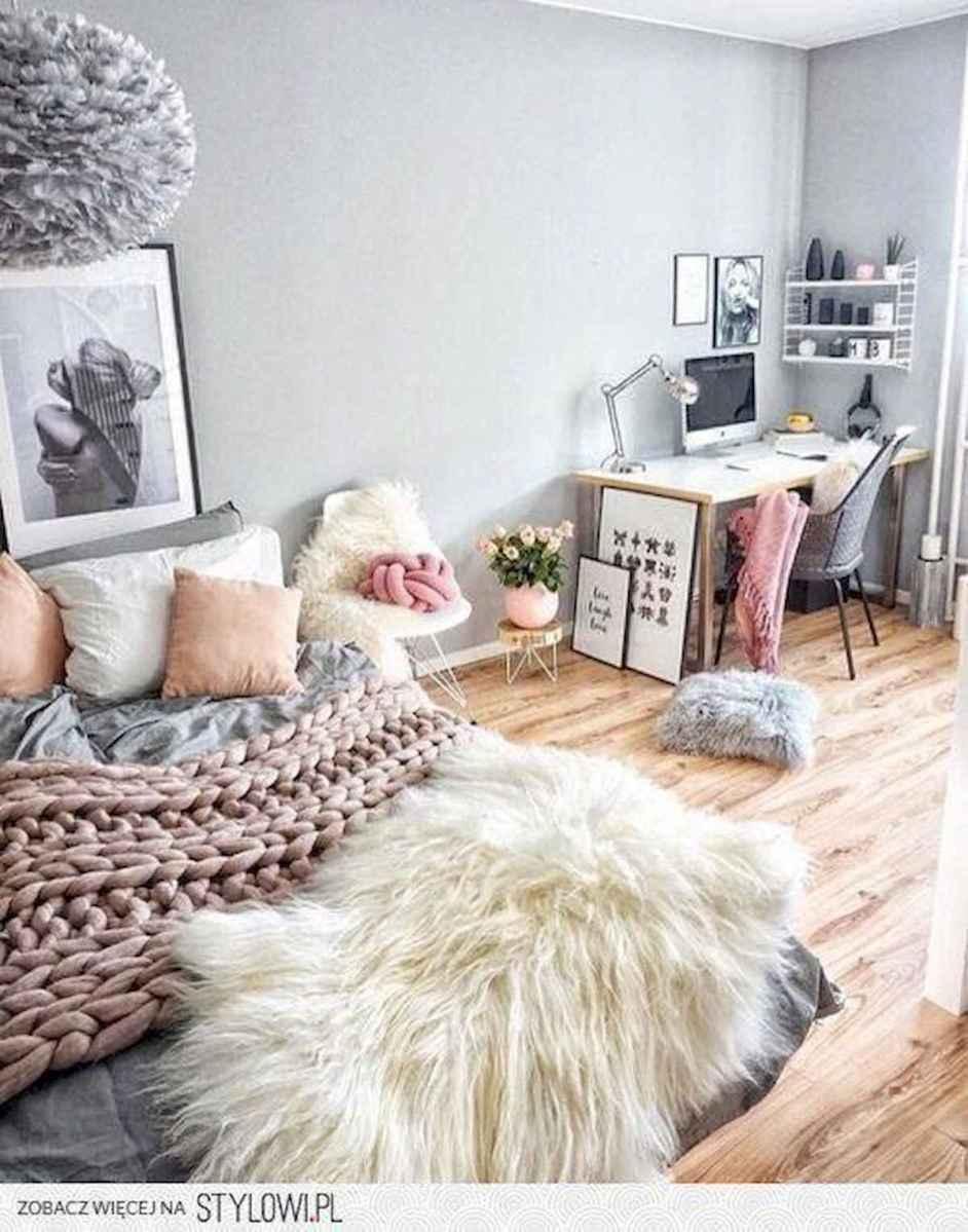 80 Fantastic Small Apartment Bedroom College Design Ideas and Decor (31)