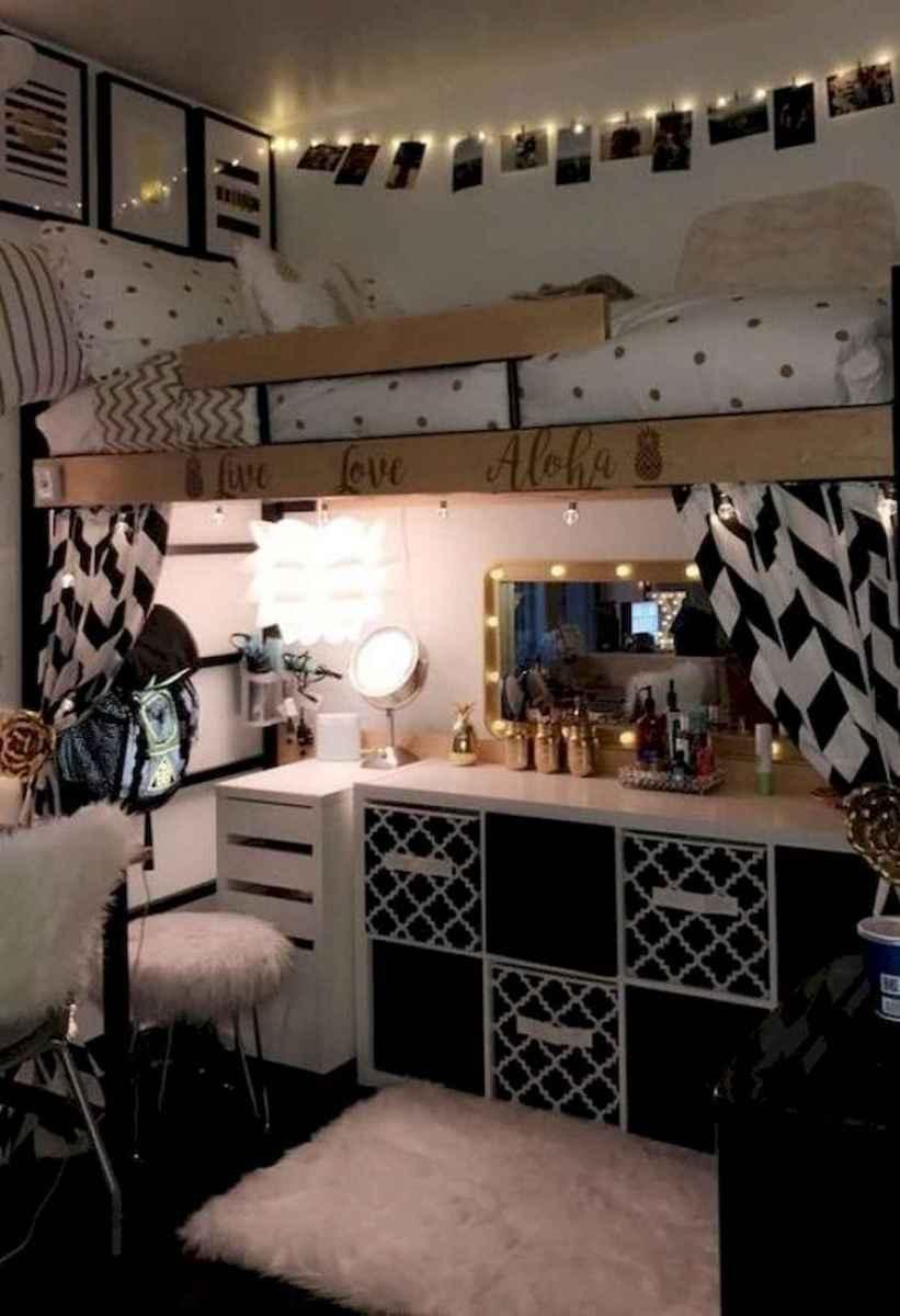 80 Fantastic Small Apartment Bedroom College Design Ideas and Decor (7)
