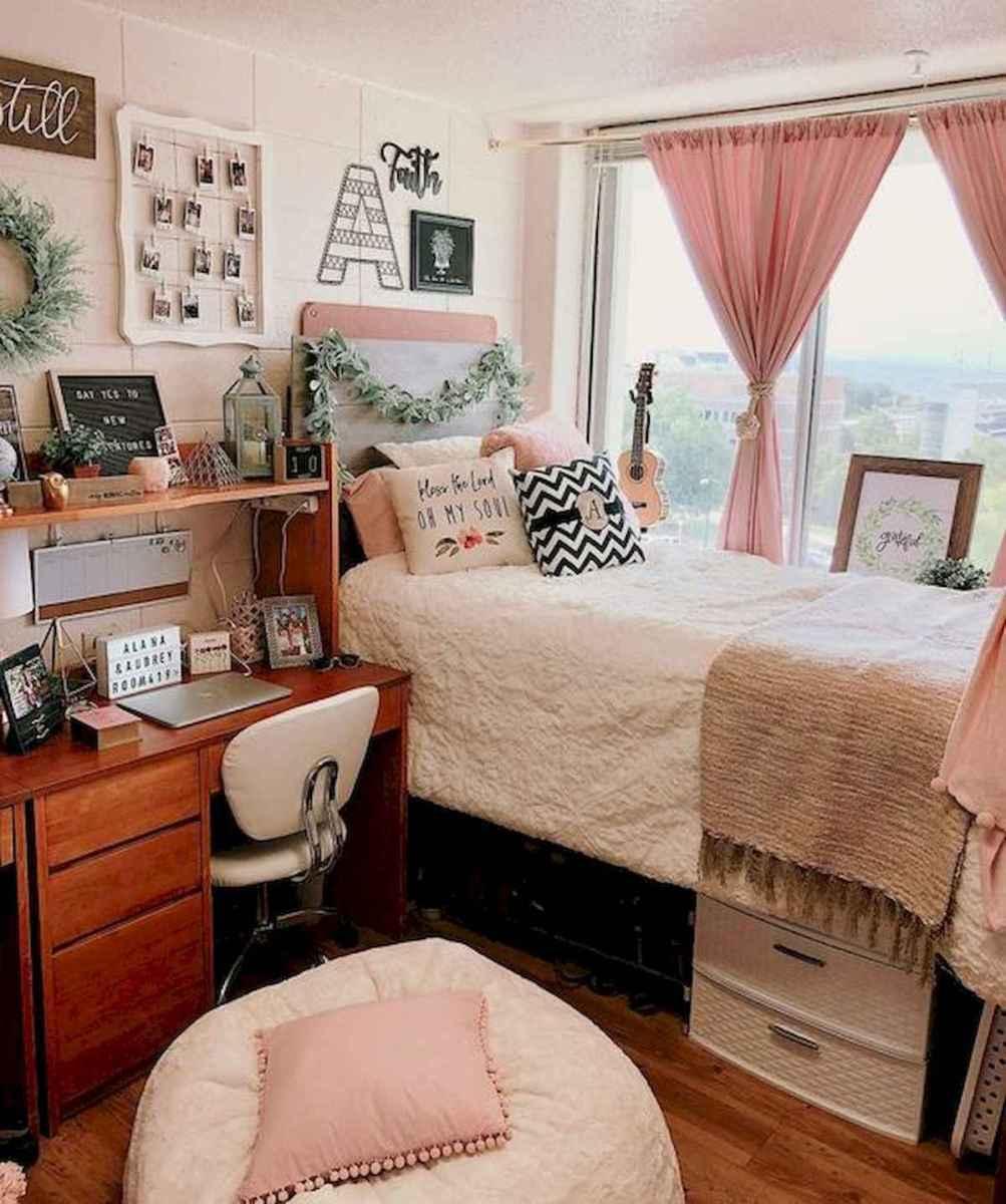 80 Fantastic Small Apartment Bedroom College Design Ideas and Decor (9)