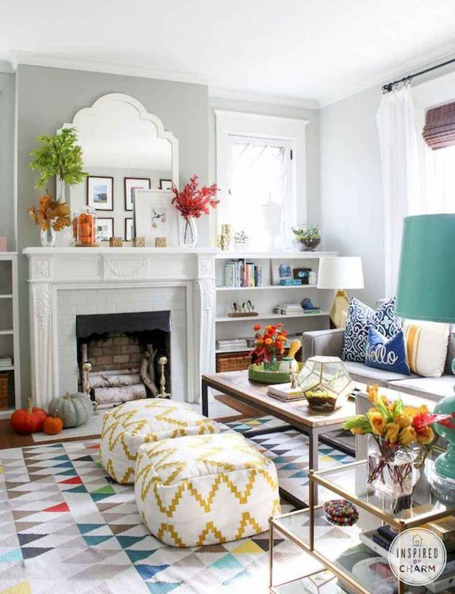 80+ Stunning Colorful Living Room Decor Ideas And Remodel for Summer Project (37)
