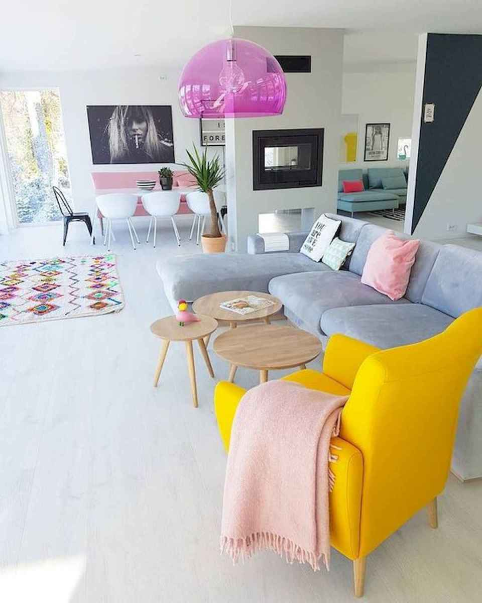 80+ Stunning Colorful Living Room Decor Ideas And Remodel for Summer Project (74)