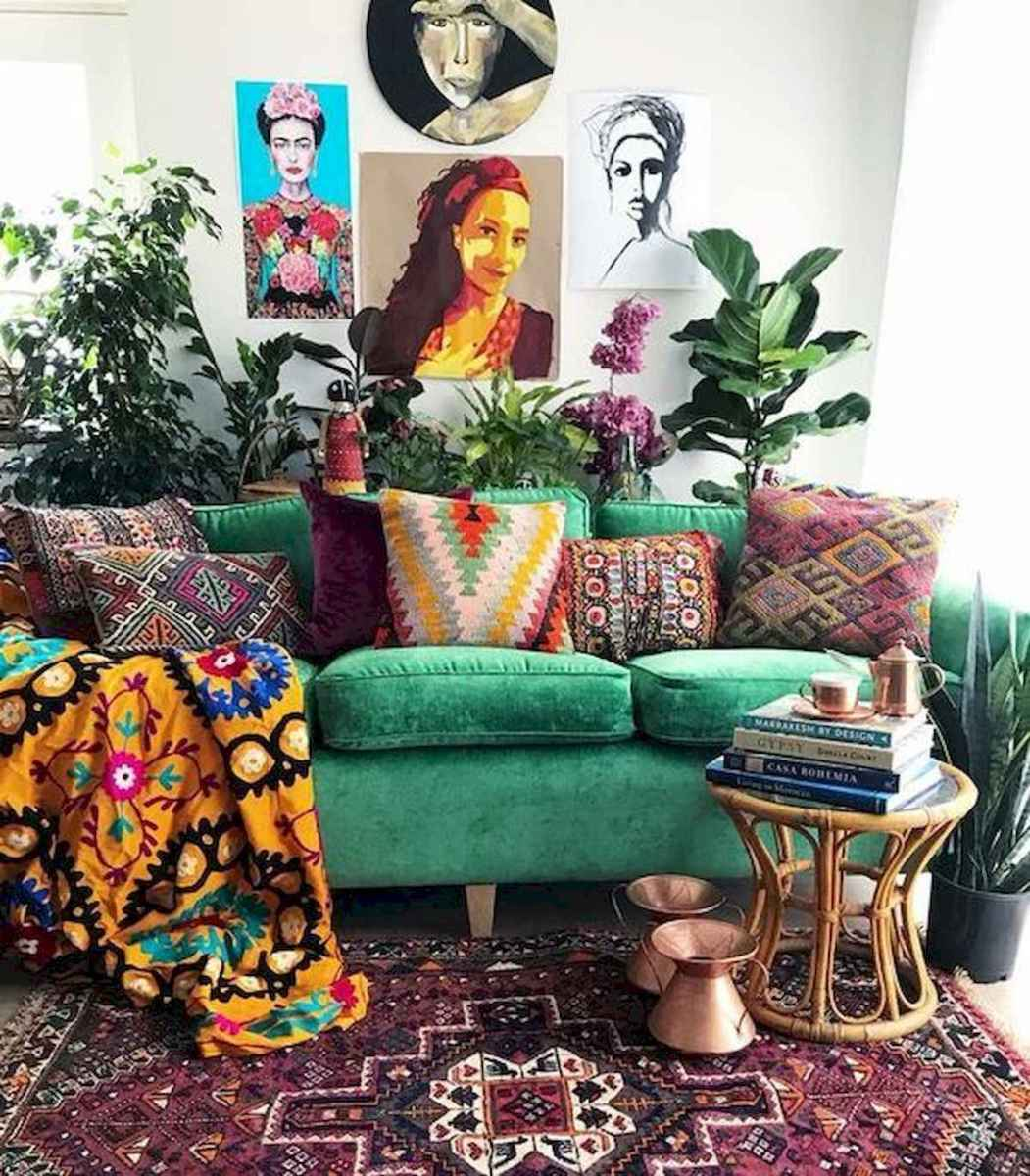 80+ Stunning Colorful Living Room Decor Ideas And Remodel for Summer Project (9)