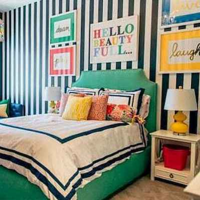 90+ Creative Colorful Apartment Decor Ideas And Remodel for Summer Project (64)