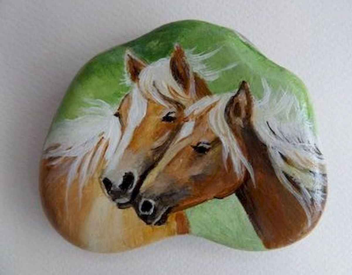 25 Suprising DIY Projects Painted Rocks Animals Horse for Summer Ideas (21)