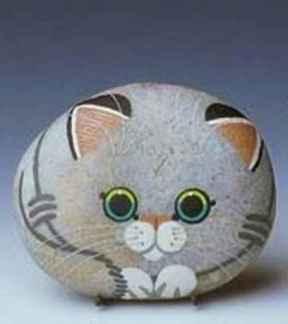 50 Inspiring DIY Painted Rocks Animals Cats for Summer Ideas (22)