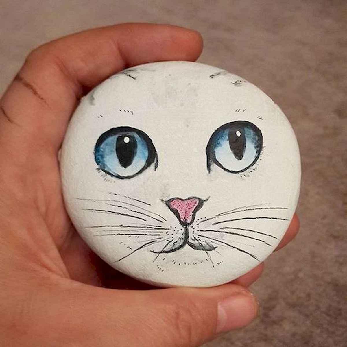 50 Inspiring DIY Painted Rocks Animals Cats for Summer Ideas (34)