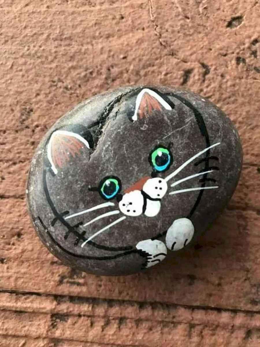 50 Inspiring DIY Painted Rocks Animals Cats for Summer Ideas (44)