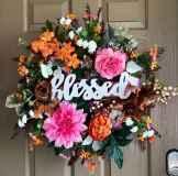 60 Beautiful Front Door Summer Wreath Decor Ideas (21)