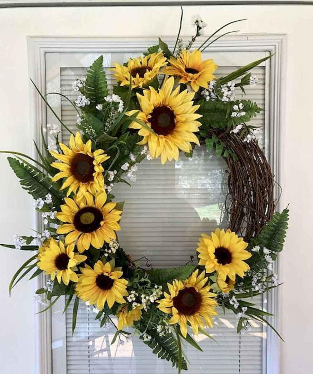 60 Beautiful Front Door Summer Wreath Decor Ideas (58)