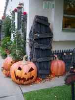 90 Awesome DIY Halloween Decorations Ideas (70)