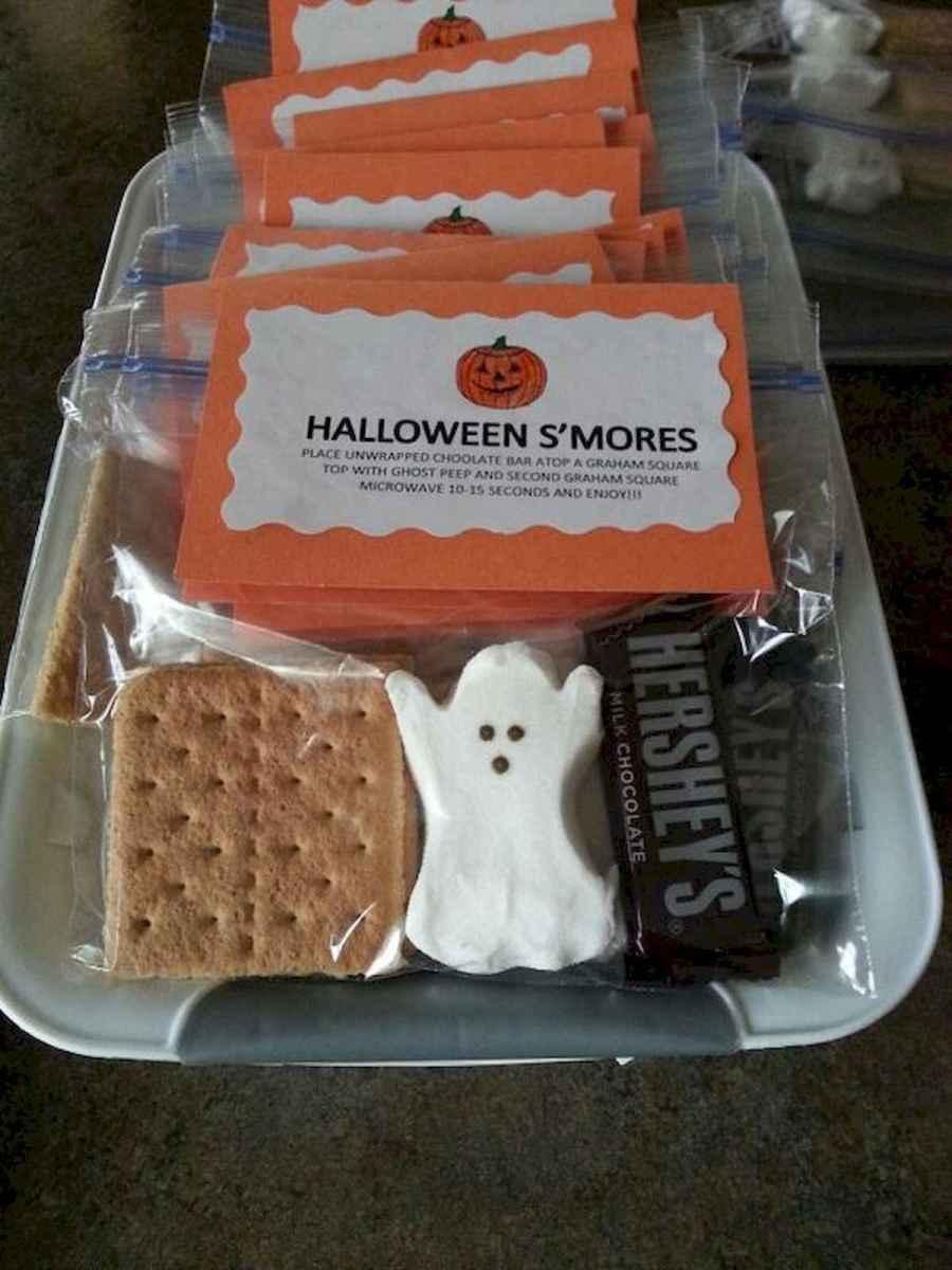 90 Fantastic Halloween Party Decor Ideas (1)