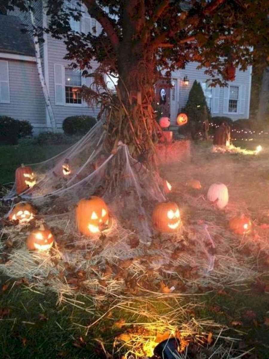 90 Fantastic Halloween Party Decor Ideas (11)