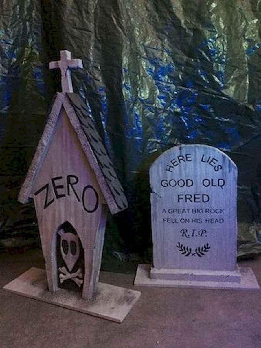 90 Fantastic Halloween Party Decor Ideas (38)