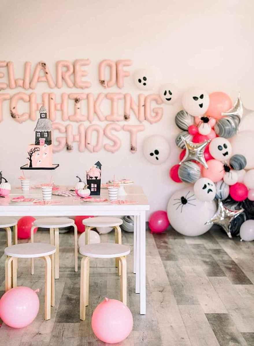 90 Fantastic Halloween Party Decor Ideas (40)