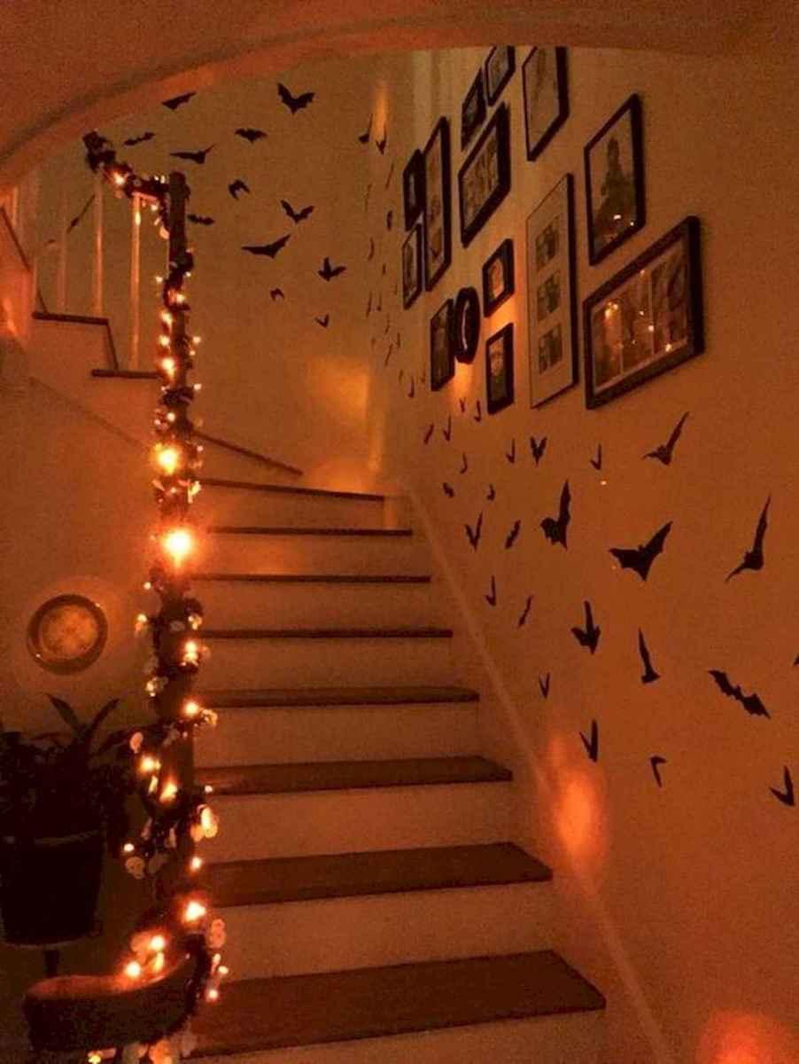 90 Fantastic Halloween Party Decor Ideas (65)