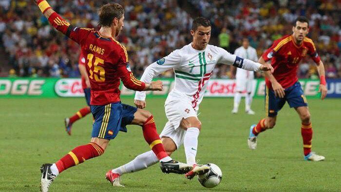 Relația 1 vs 1: Esența fotbalului, dar neglijată la seniori în România