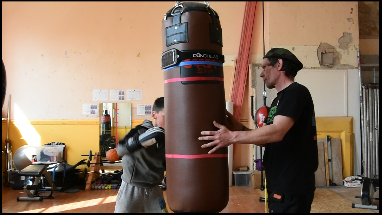 PunchLab Punching Bag Belt and App Review  | CoachFoxy's Boxing